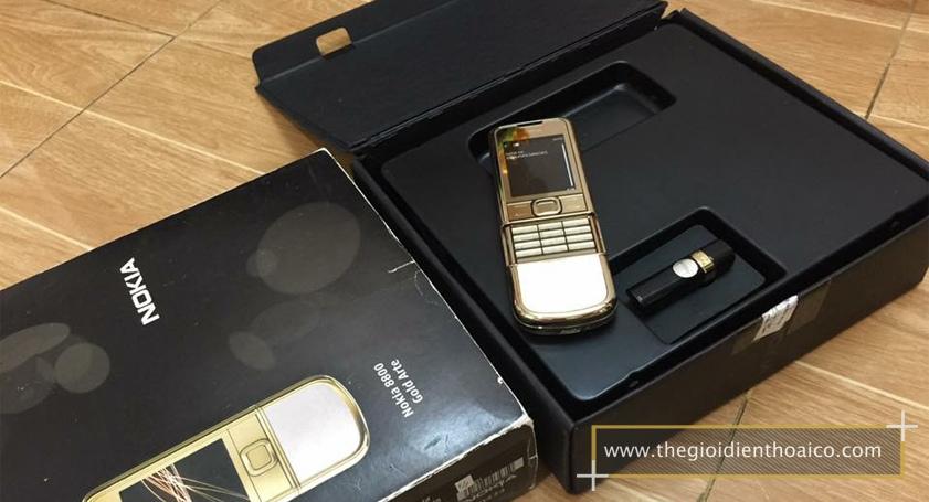 Nokia-8800-Gold-Arte-chiec-dien-thoai-duoc-doanh-nhan-ua-chuon_1.jpg