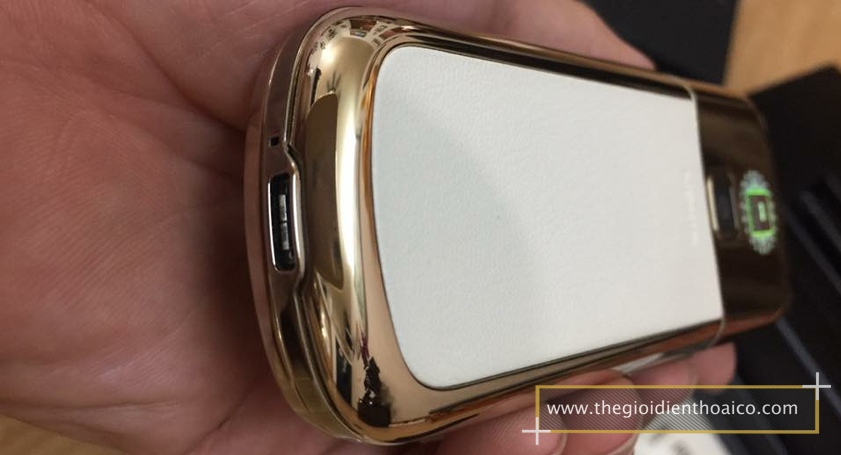 Nokia-8800-Gold-Arte-chiec-dien-thoai-duoc-doanh-nhan-ua-chuon_18.jpg
