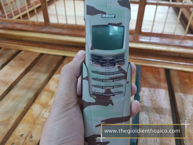 Nokia-8910-kem-quan-doi_1.jpg