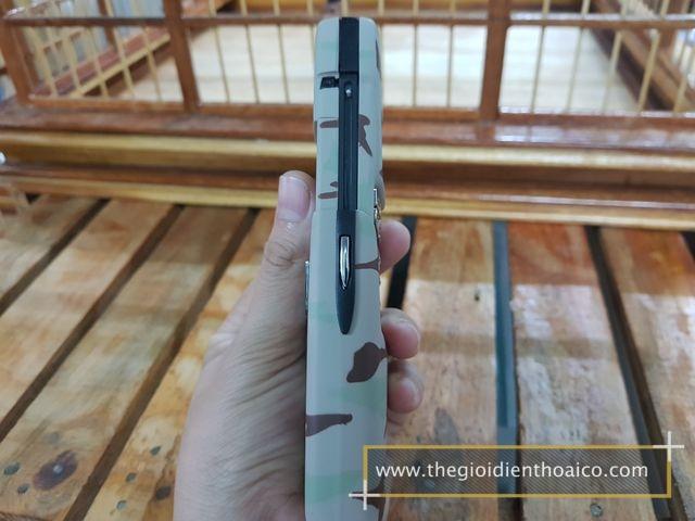 Nokia-8910-kem-quan-doi_5.jpg