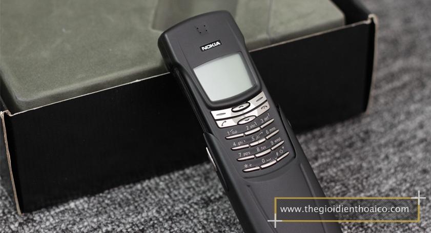 Nokia-8910-mau-den_3.jpg