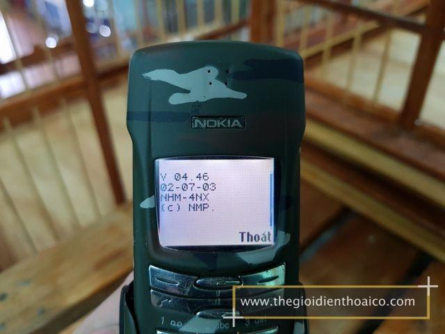 Nokia-8910i-Camo-Quan-Doi_14.jpg