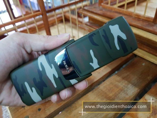 Nokia-8910i-Camo-Quan-Doi_8.jpg
