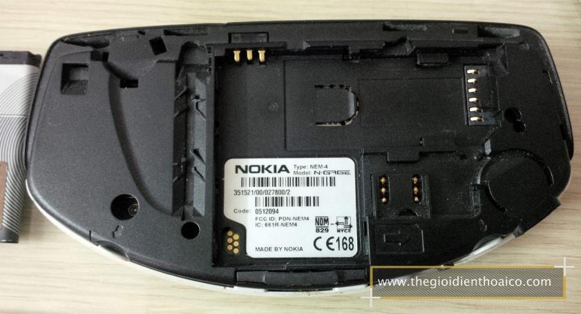 Nokia-Ngage-Classic_15vzFPG.jpg