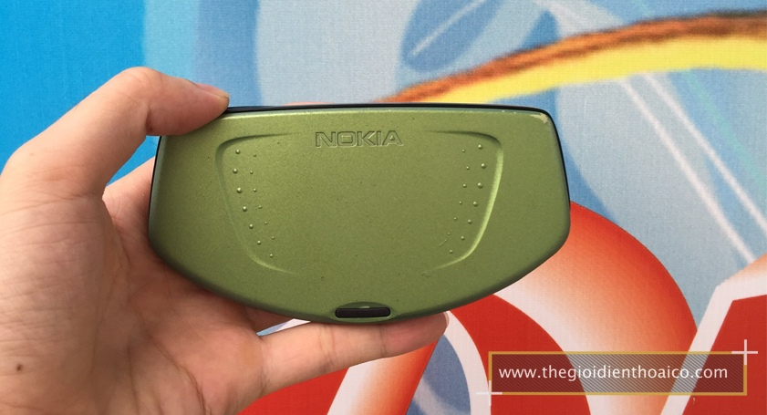 Nokia-Ngage-Classic_2FCW5A.jpg
