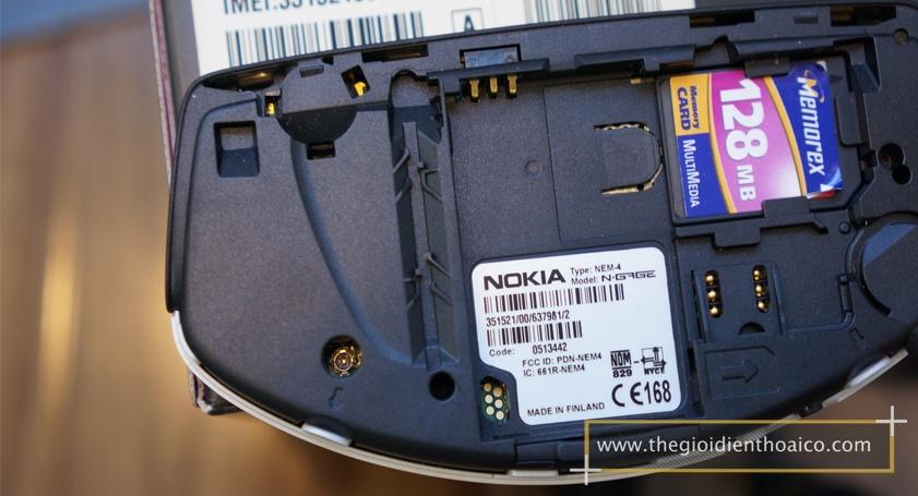 Nokia-Ngage-Classic_9xkqAl.jpg