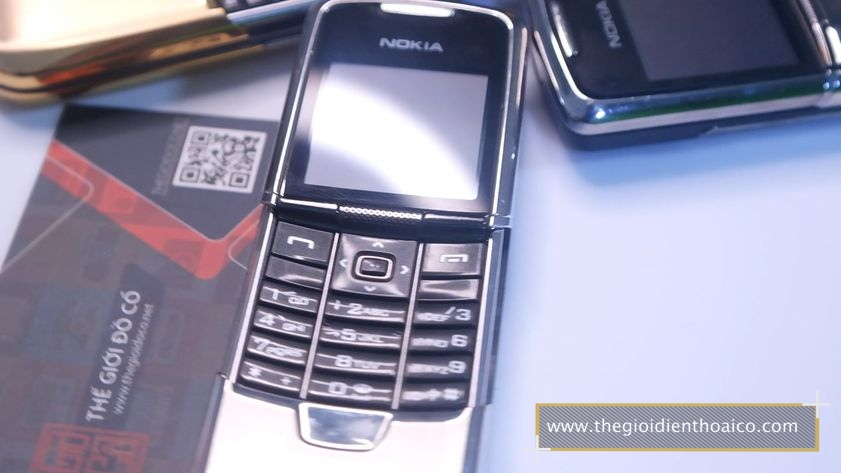 Nokia-8800-anakin-chinh-hang-nguyen-zin-suu-tam-dien-thoai-co_2.jpg