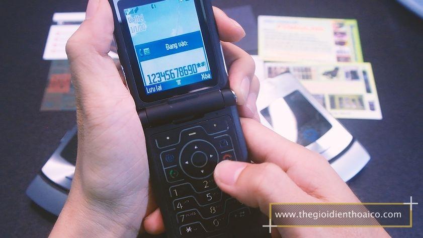 Motorola-v3i-nguyen-zin-chinh-hang-suu-tam-dien-thoai-co-xua-doc-la_23.jpg