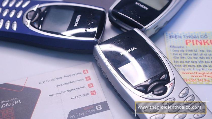 Nokia-8210-nguyen-zin-chinh-hang-suu-tam-du-mau-dien-thoai-co_24.jpg