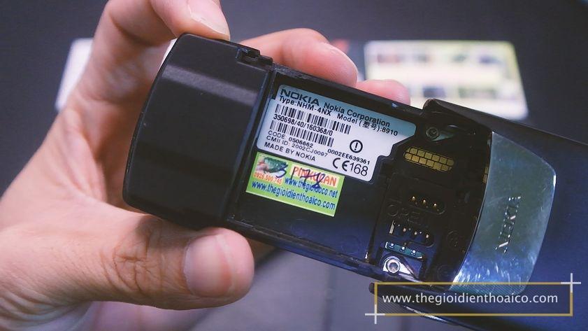 Nokia-8910-nguyen-zin-chinh-hang-suu-tam-dien-thoai-co_7.jpg