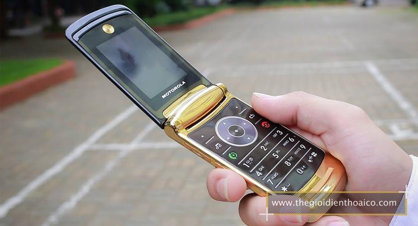 Motorola-V8_9.jpg