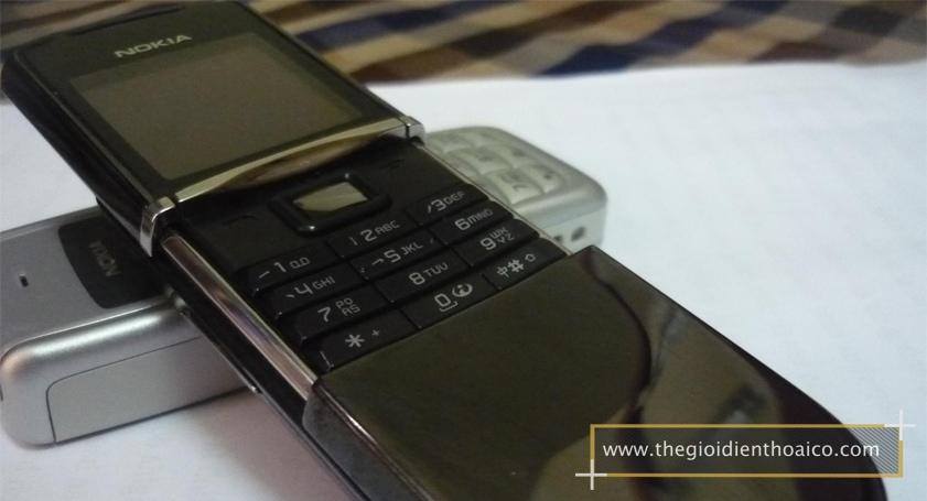 Nokia-8800-mau-den_3.jpg