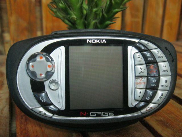 Nokia Ngage QD zin nguyên máy đã thay vỏ loại 1 MS 1565