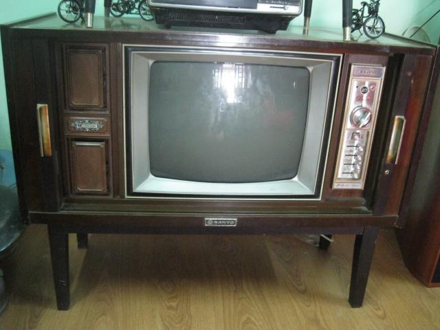 Chuyên thu mua , mua bán ti vi cổ cửa lùa national , tivi cổ đứng , tivi cổ bốn cánh xế lại, television