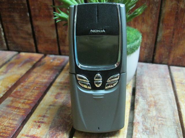 Nokia 8850 Màu Bạc Đẹp 98% MS 1749