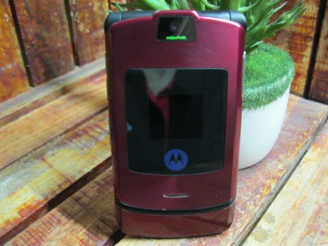Motorola V3i Đỏ Full Box Đẹp 97% MS 1751
