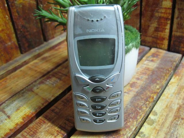 Nokia 8250 Đẹp 97% MS 1757