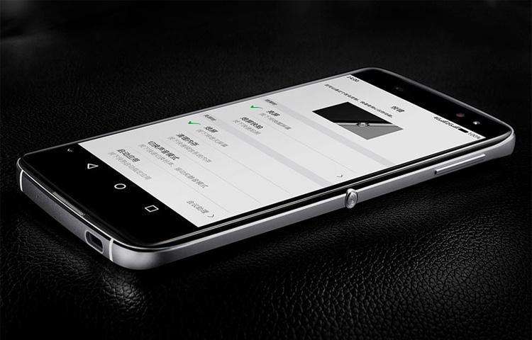Từ nay trở đi TCL sẽ thiết kế, sản xuất, bán và hỗ trợ tất cả các mẫu điện thoại BlackBerry