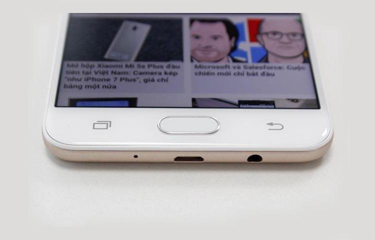 Samsung nay đã mang trải nghiệm sản phẩm flagship lên điện thoại tầm trung chưa?