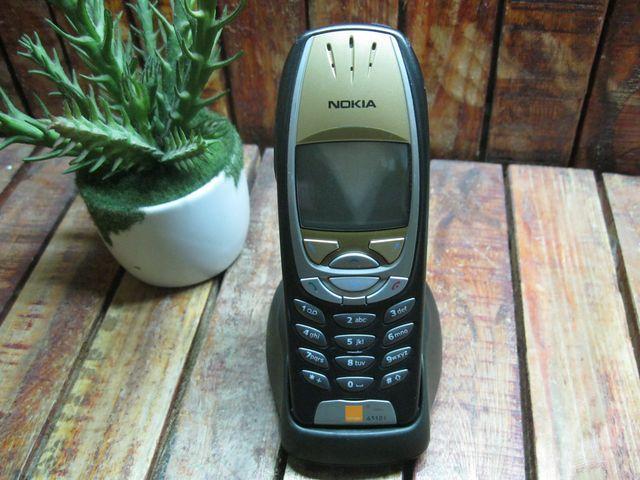 Nokia 6310i Đen mặt Vàng MS 1960