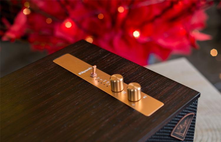 Trên tay loa không dây Klipsch The Three: thiết kế đẹp, hoài cổ, chất âm ấm