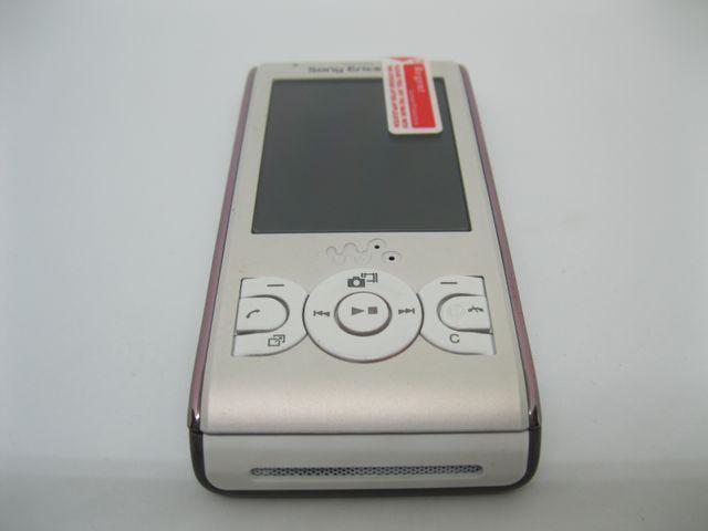 Sony Ericsson W595 màu trắng sữa MS 2005