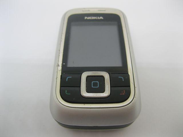 Nokia 6111 màu trắng, đen, trượt nguyên zin, MS 2010