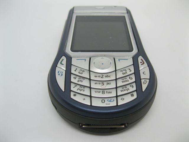Nokia 6630 màu xanh cực độc, đẹp 98% MS 2024