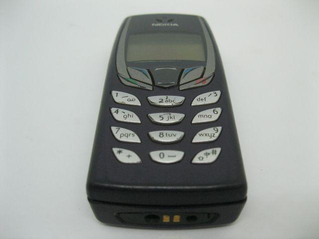 Nokia 6510 màu xanh đen cực độc, đẹp 80% MS 2028