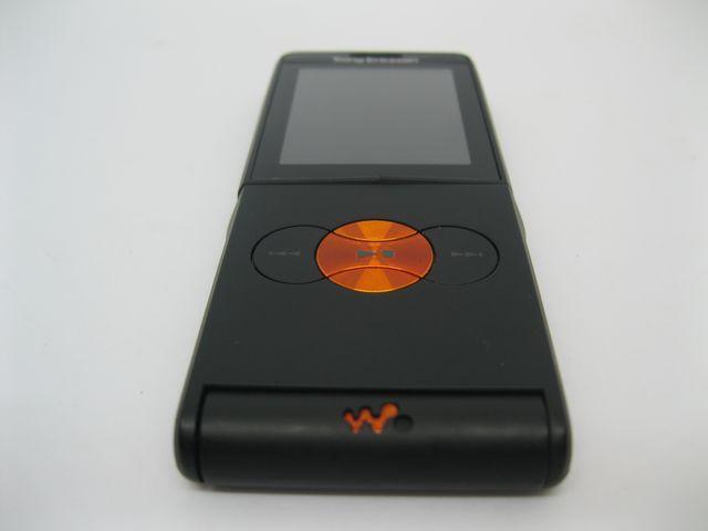 Sony Ericsson W350i màu đen cực mới, đẹp 98% MS 2030