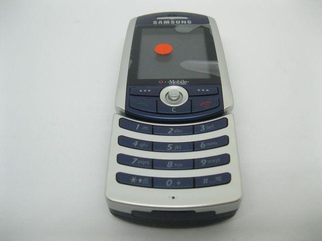Samsung SGH-Z130 màu bạc xanh xoay xoay, đẹp 99,99% MS 2034