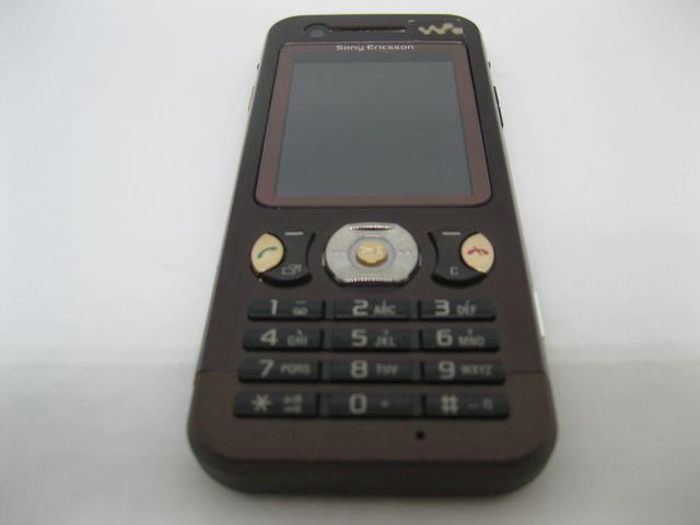 Sony Ericsson W890i màu nâu tím nguyên zin, đẹp 98% MS 2040