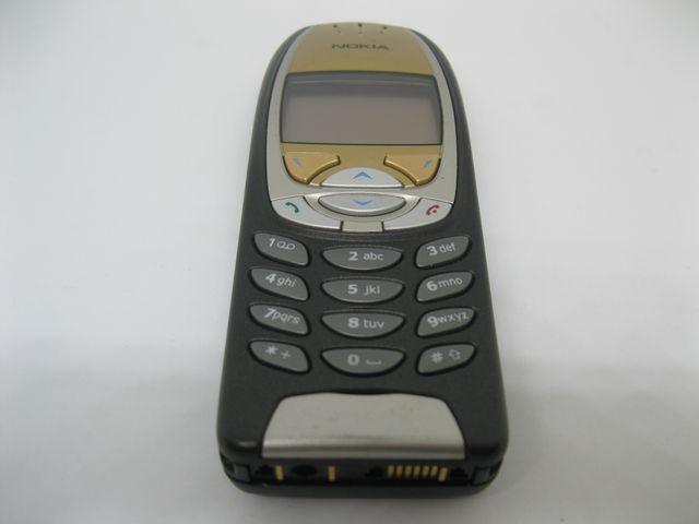 Nokia 6310i màu đen mặt vàng nguyên zin, đẹp 98% MS 2047
