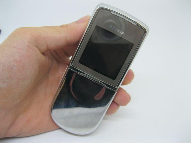 Nokia 8800 Sirocco Light nguyên zin, cực đẹp MS 2071