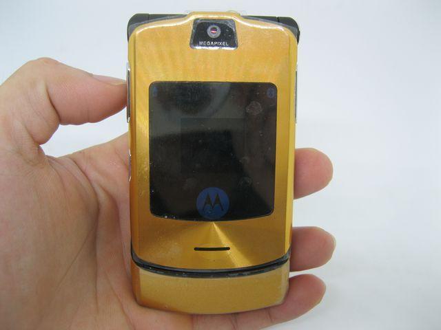Motorola V3i đẳng cấp siêu mỏng một thời MS 2084