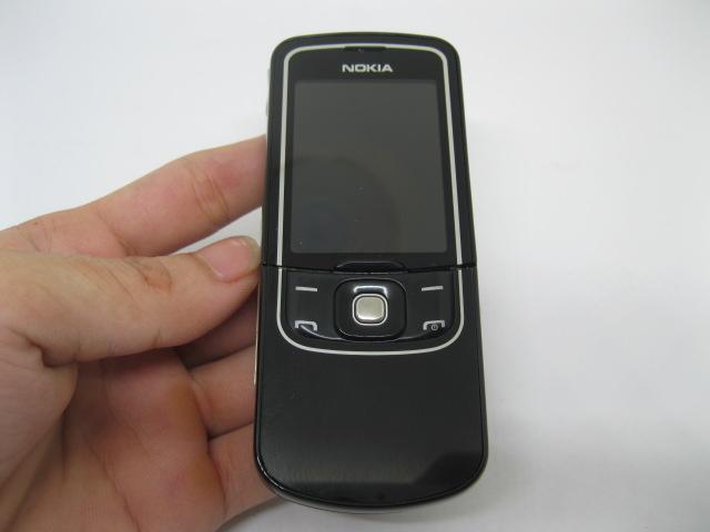 Nokia 8600 Luna kiệt tác ánh trăng màu Đen