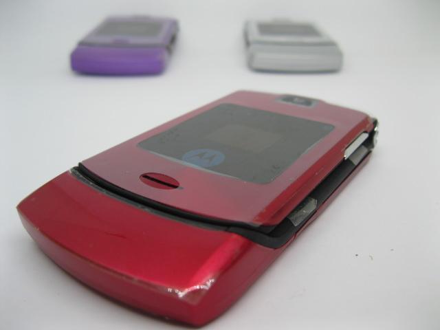 Motorola V3i đẳng cấp nắp gập màu Đỏ