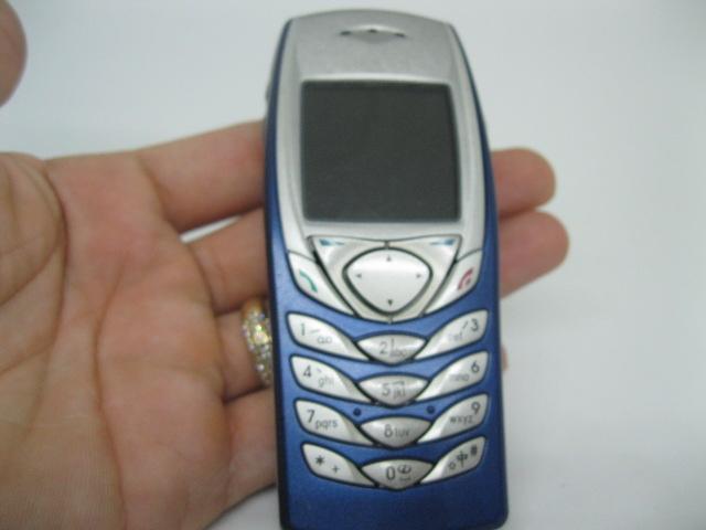 Nokia 6100 đẳng cấp dài lâu màu Xanh