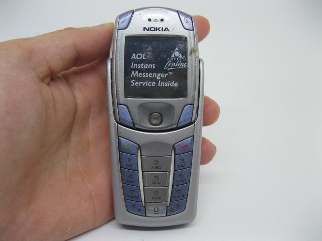 Nokia 6820a 2 bàn phím đẳng cấp màu Bạc Xanh MS 2105