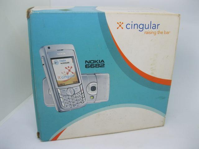 Nokia 6682 Fulbox cực đẹp không vết xước MS 2170