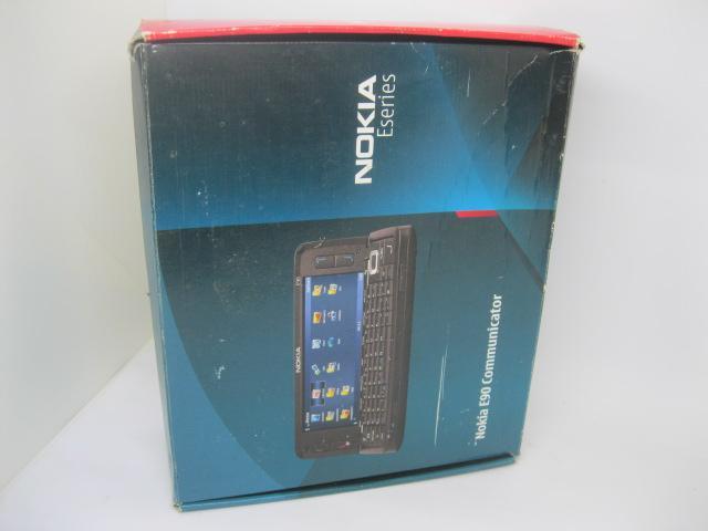Nokia E90 Fullbox Siêu phẩm một thời MS 2173