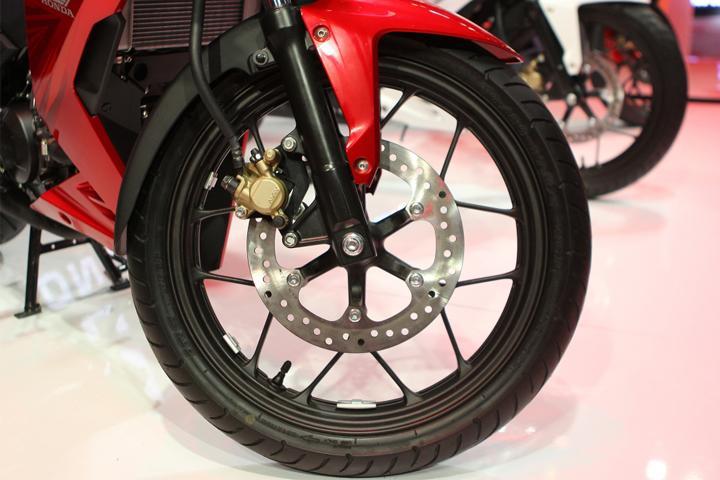 Đối trọng cân bằng mâm xe là gì – Cân bằng mâm xe máy có tác dụng như thế nào