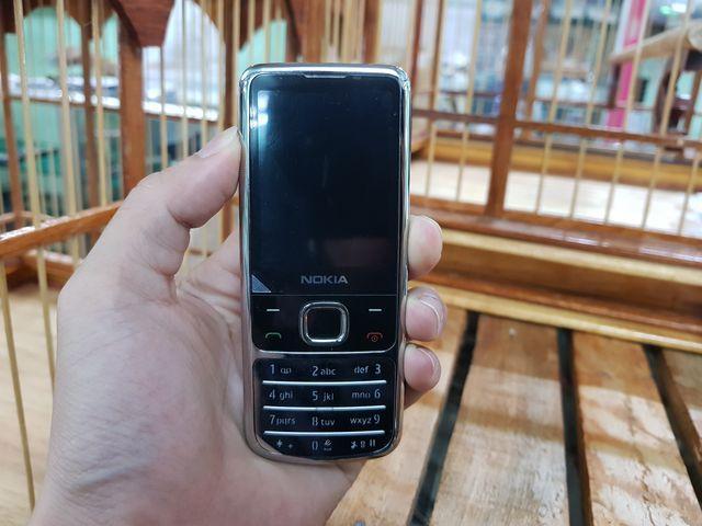 Nokia 6700 nguyên zin inox màu bạc đẹp 98% Ms - 2199