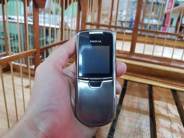 Nokia 8800 Anakin nguyên zin màu inox đẹp 98% MS 2279