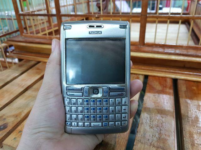 Nokia E62 màu bạc nguyên zin đẹp 97% - Ms 3003