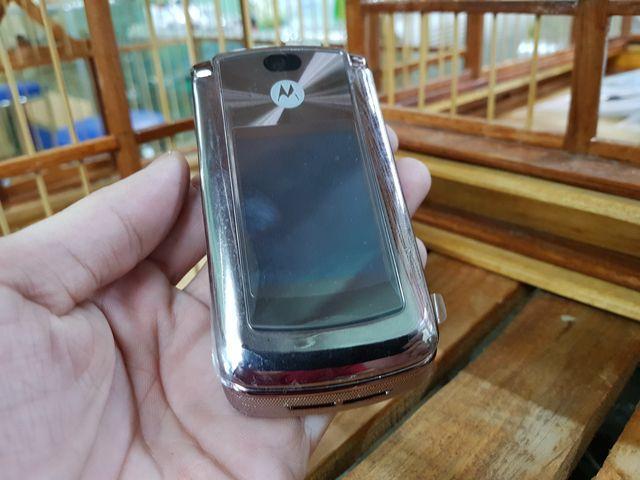 Motorola V9 màu cát cháy đã thay vỏ mới đẹp 98% MS 3048