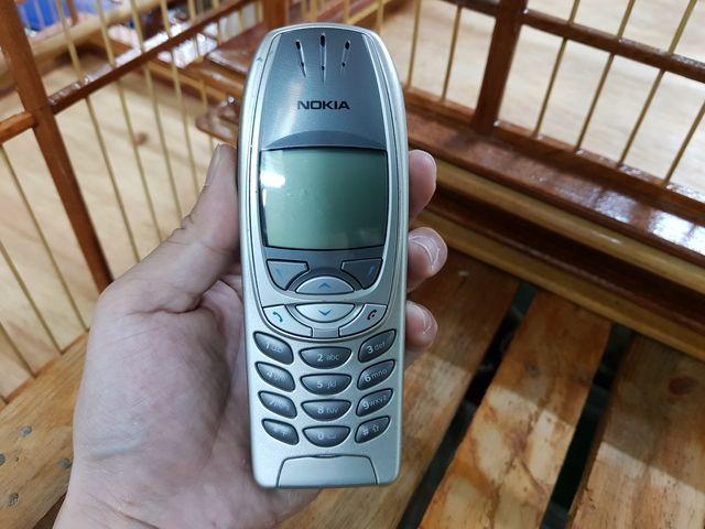 Nokia 6310i màu bạc máy nguyên zin trùng imei đẹp 97% MS 3022