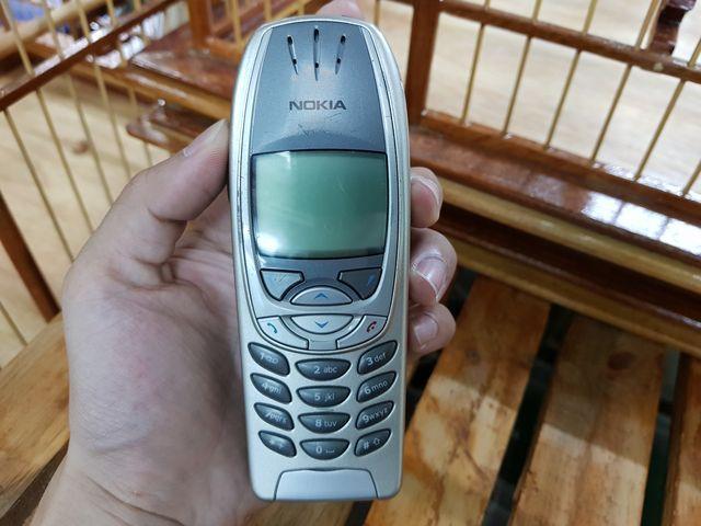 Nokia 6310i màu bạc máy main nguyên zin phím nổi đẹp 96% MS 3023