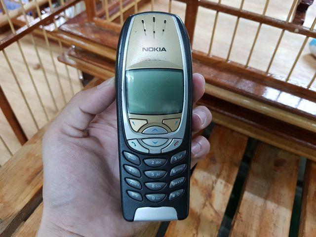 Nokia 6310i vàng đen vỏ có trầy xước nhưng nguyên zin đẹp 95% MS 3021