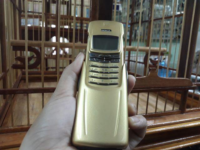 Nokia 8910 màu gold nguyên zin sơn lại đẹp 99% -  Ms 3067